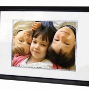 Digital-Spectrum-MemoryVUE-Gallery-MV-1700-Plus-17-Inch-Digital-Picture-Frame-Black-0
